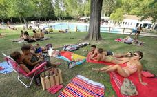 Las piscinas municipales echan el cierre con menos bañistas en agosto