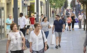 El 60% de las tiendas de Menacho abre en el festivo del Día de Extremadura
