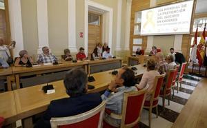 El Ayuntamiento de Cáceres promoverá un plan para prevenir el suicidio