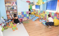 Medio centenar de niños sordos reciben asistencia en Plasencia
