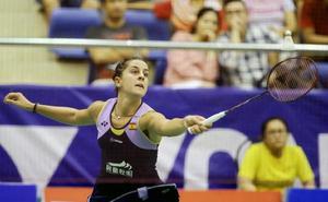 Carolina Marín reaparece con derrota