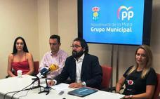 El PP vuelve a acusar a la alcaldesa de opacidad y dejadez