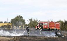 Arden 38 hectáreas de pasto y arboleda entre la base de Bótoa y el COI