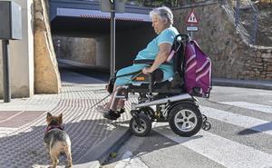 Roban en Badajoz los focos y la barandilla del paso subterráneo de Argüello Carvajal