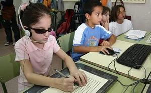 Más de 130 estudiantes ciegos o con una discapacidad visual grave regresan a las aulas