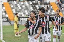 El Badajoz vence al Algeciras en el Nuevo Vivero (2-1)