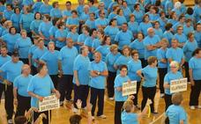 Yoga, gimnasia acuática y senderismo para más de 1.800 mayores