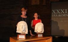 Emerita Lvdica y Lucrezia Ungaro reciben el premio Genio Protector de la Colonia