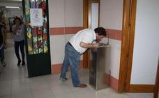 La Junta instala fuentes de agua fría en 136 institutos de la región