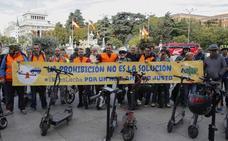 Reclaman «regular y no prohibir» el uso de patinetes y monociclos eléctricos
