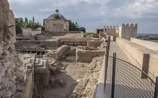 Amigos de Badajoz pide que se recupere la comisión técnica de la Alcazaba