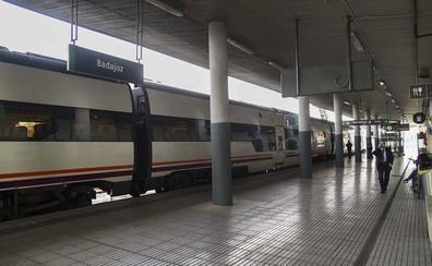 Renfe ajusta los horarios en Extremadura y mejora una media de 15 minutos los tiempos de viaje