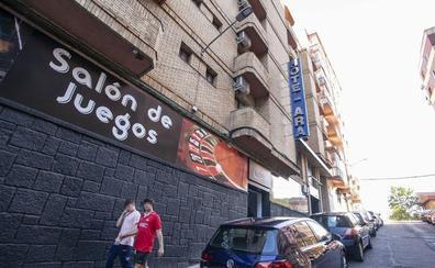 Nueve de las 14 casas de apuestas de Cáceres incumplen la nueva normativa