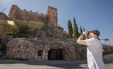 Patrimonio da luz verde a tapar los nidos de vencejos de la Torre los Pozos de Cáceres