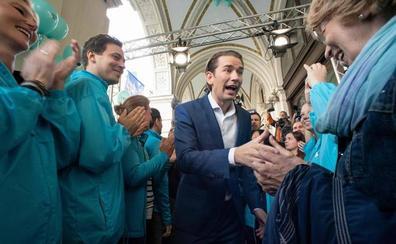 Kurz, favorito en las elecciones de Austria