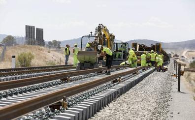 La inversión en el tren extremeño creció un 120% en el primer semestre