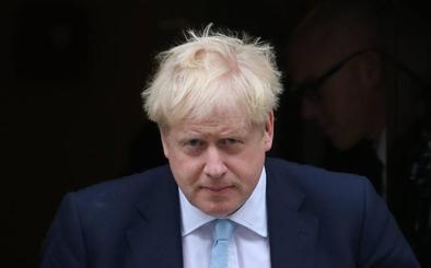 El Parlamento Europeo golpea con dureza al plan de Johnson