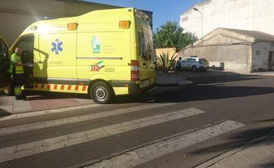 Un hombre y una mujer son atropellados en un paso de peatones de Don Benito