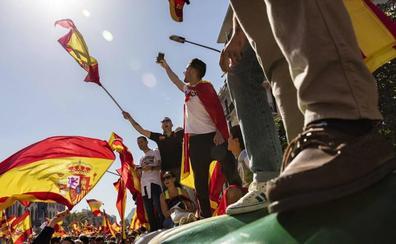 Sociedad Civil Catalana avisa con una «ola» de movilizaciones para contrarrestar el tsunami independentista