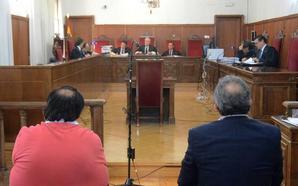 El farmacéutico de Puebla del Maestre afronta este martes su segundo juicio por estafa