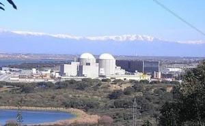 Un total de 1.200 trabajadores se unen al equipo de la central de Almaraz para la recarga de la unidad II