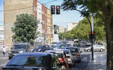El barrio pacense de Pardaleras espera las rotondas de la plaza de toros desde hace tres años