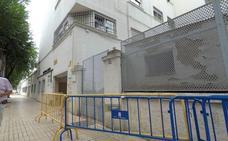 Los vecinos rechazan que el centro de salud de Los Pinos se instale en Correos