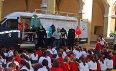 La Guardia Civil abre sus puertas a 300 alumnos de seis colegios por su patrona