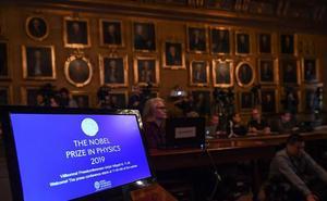 Los descubridores de la materia oscura y el primer exoplaneta ganan el Nobel de Física