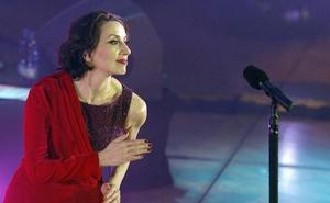Luz Casal cierra su gira 'Que corra el aire' en Cáceres