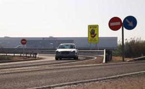 Llega a Extremadura una nueva señal para evitar circular en sentido contrario en autovía