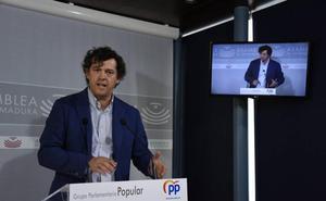El PP pide a la Junta que no use a los opositores como «mercancía electoral»