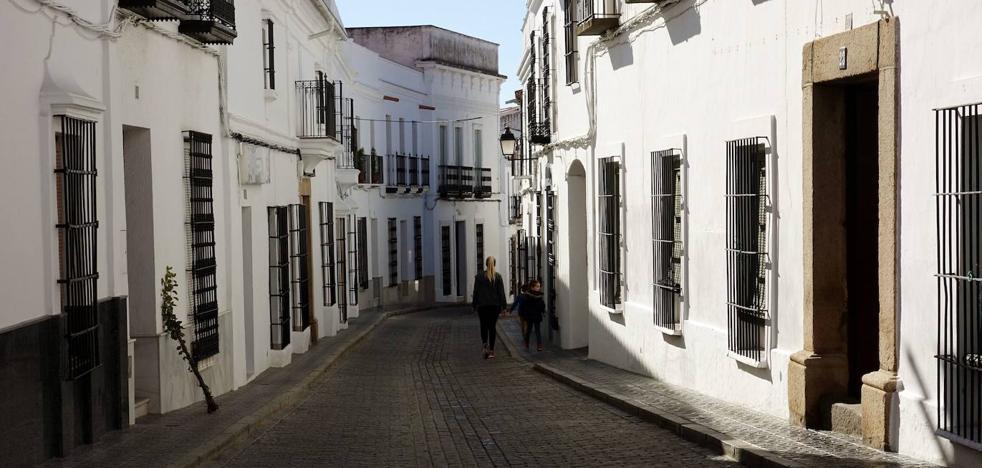 La localidad pacense de Valencia del Ventoso restringe el agua a cinco horas al día