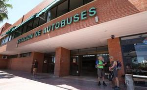 La Junta defiende que ha mejorado el servicio de transporte de viajeros por carretera