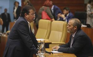 El PSOE aprueba en solitario suprimir la limitación de mandatos en la Junta