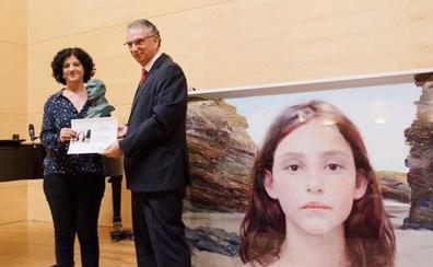 La artista Leonor Solans gana el VIII Premio Juan Aparicio