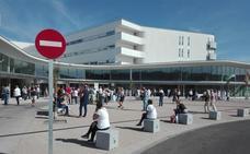 Desalojan las consultas del Hospital Universitario de Cáceres por un fallo en la central eléctrica