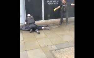 La Policía acusa de terrorismo al hombre que hirió a cuchilladas a cuatro personas en Mánchester