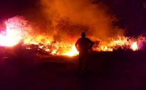 Ecologistas alerta de quemas ilegales en zonas de regadío que causan contaminación