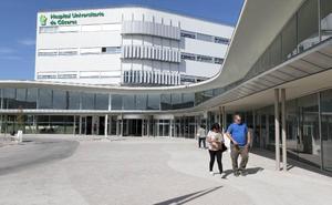 La apertura del Universitario de Cáceres no reduce las quejas por listas de espera