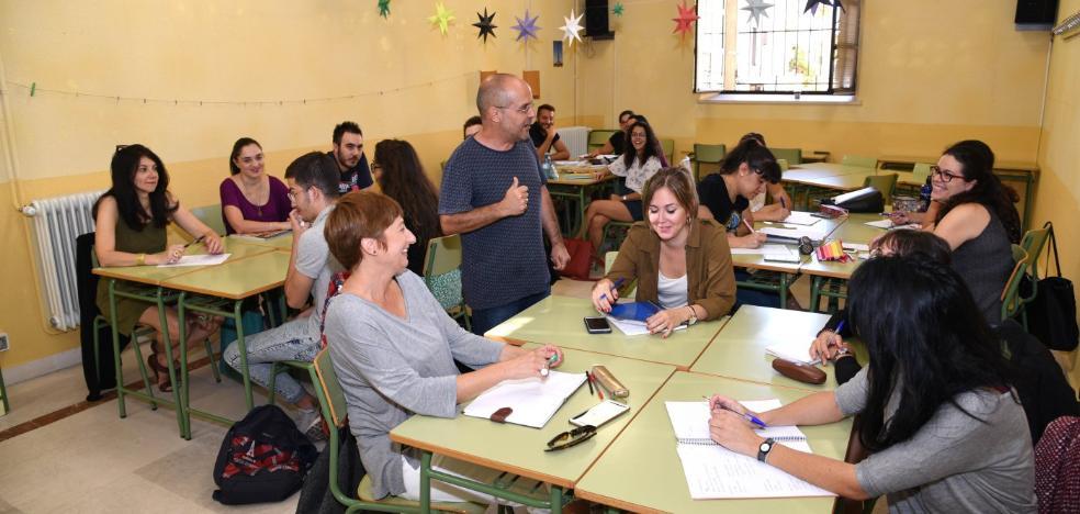 Más del 70% de los alumnos matriculados en la EOI de Plasencia eligen aprender Inglés