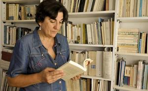 La escritora Emilia Oliva recorre la obra de José Antonio Cáceres