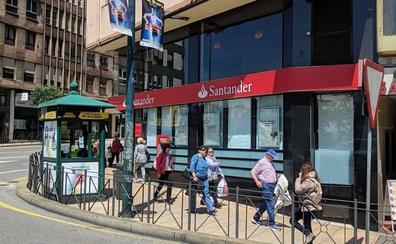 Los agentes financieros de la banca ocupan parte del negocio de las oficinas que se cierran