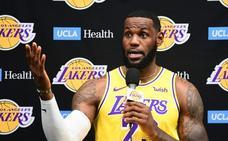 LeBron James, criticado por culpar al gerente de los Rockets en la polémica China-NBA
