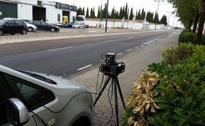 El radar se estrena cazando a un coche al doble de lo permitido