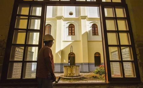 Fragoso critica que la Diputación quiera un súper en el Hospital Provincial de Badajoz