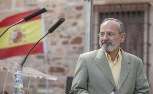 Teófilo Amores insta a Vox a reclamar judicial o notarialmente su acta de concejal en Cáceres
