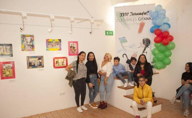 Exposición 'Chavorrill@s de Badajoz' en las Casas Mudéjares de Badajoz