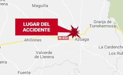 Dos personas resultan heridas en el choque entre un tractor y un turismo cerca de Azuaga