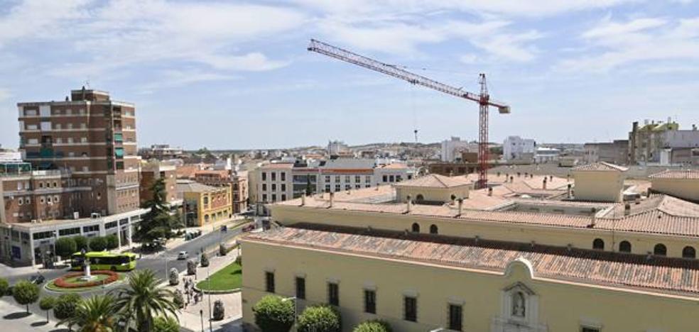 La Diputación de Badajoz accede a que el centro de salud Los Pinos se traslade al Hospital Provincial